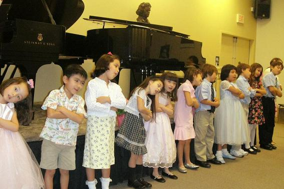 Singing Kids.JPG