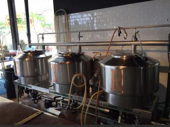 brewes tasting room.JPG