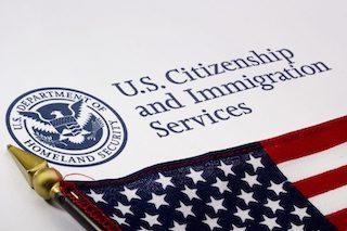 特集1:市民権の取得 ーアメリカ人になるー